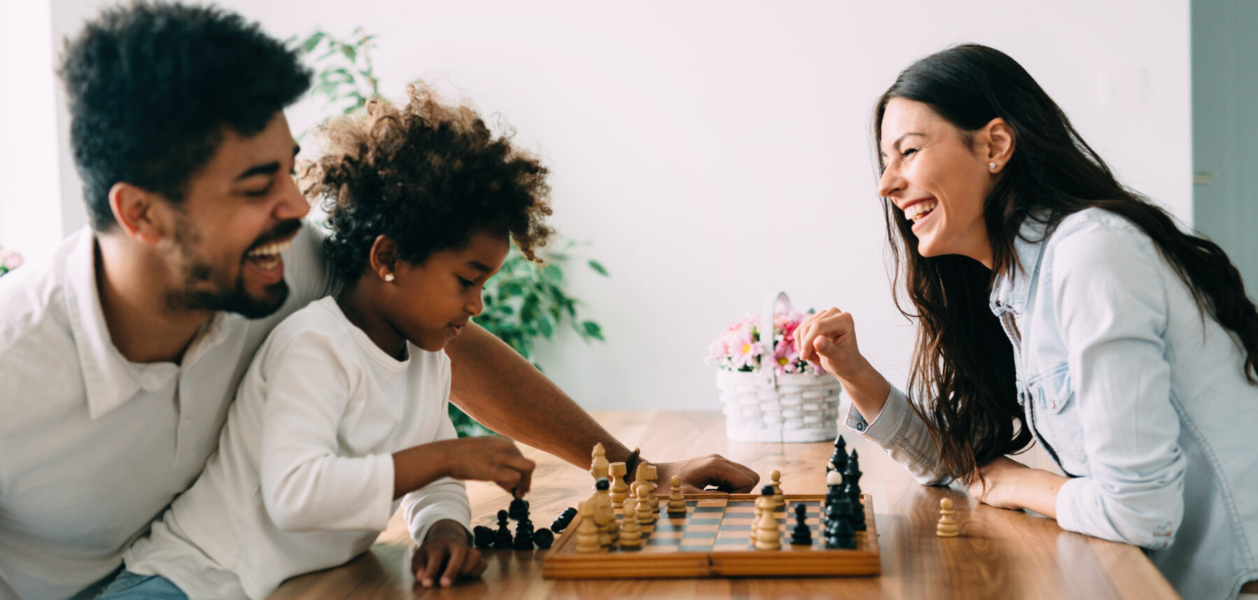 Family Playing Chess as Alternative to Digital Entertainment